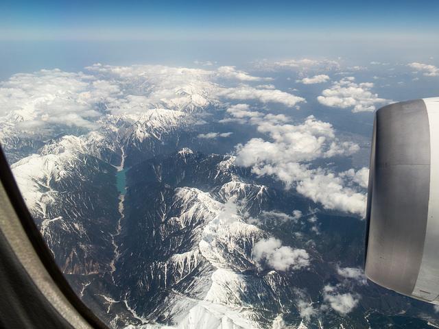 ANA B787で富山きときと空港へ