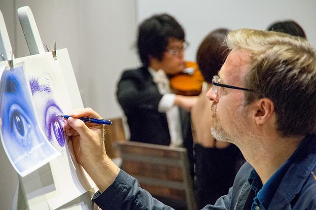 [PR] ウォーターマン「ブルーオブセッション」コレクション発売記念イベントで万年筆とライブドローイングを体験
