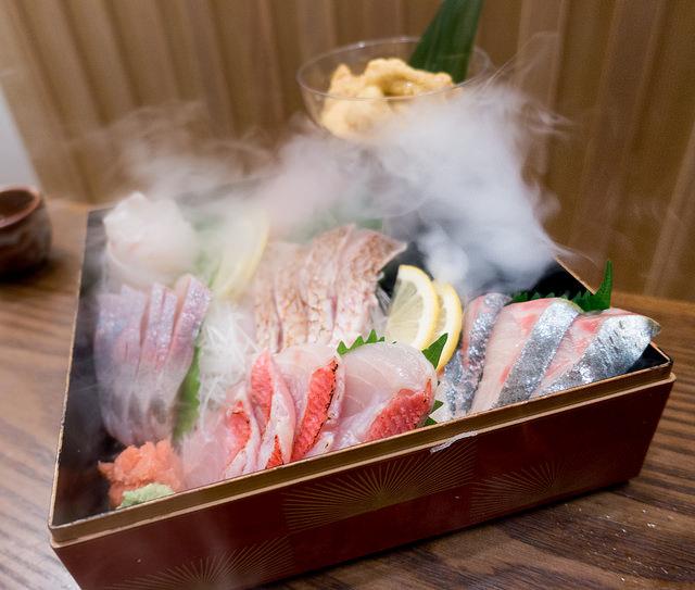 俺の魚を食ってみろ!! 神田南 瞬間即殺の新鮮な刺身が詰まった玉手箱を食ってみろ