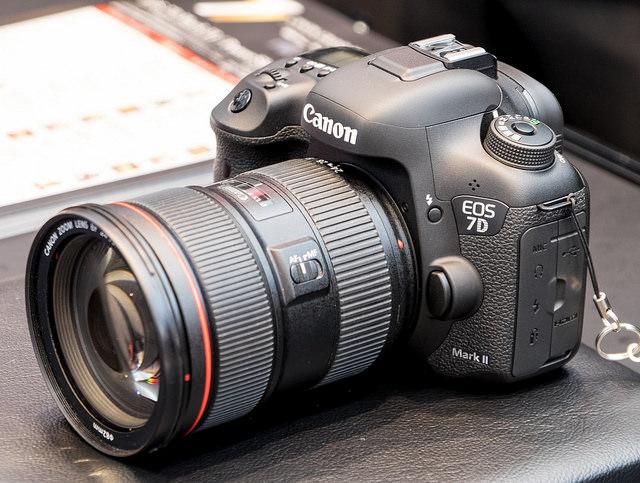 CANON EOS 7D Mark II ピントが合う秒間10コマの高速連写を実現した技術の話と3on3&チアリーディング撮影体験