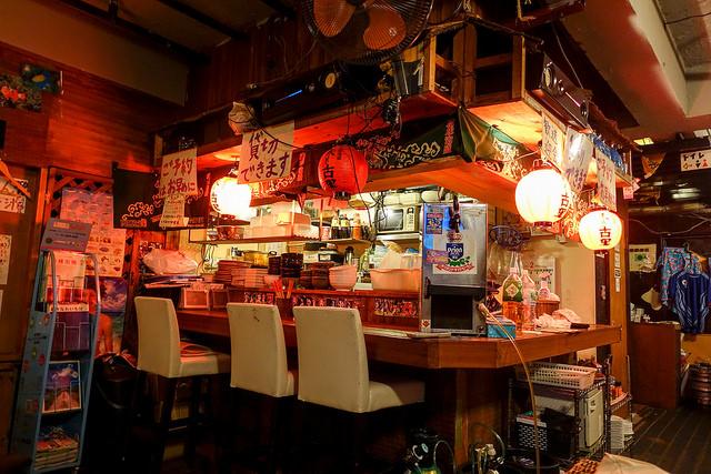 沖縄料理 琉央(リオ) 新橋店 美味しい沖縄料理と泡盛
