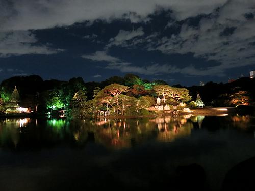 PowerShot S100で庭園ライトアップを撮影