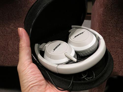 Bose OE2 & Bluetooth headset Series 2 音と快適性にこだわった新ヘッドホンを体験してきました