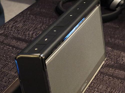 BOSE SoundLink Wireless コンパクトにBOSEの高音質を持ち運ぶ