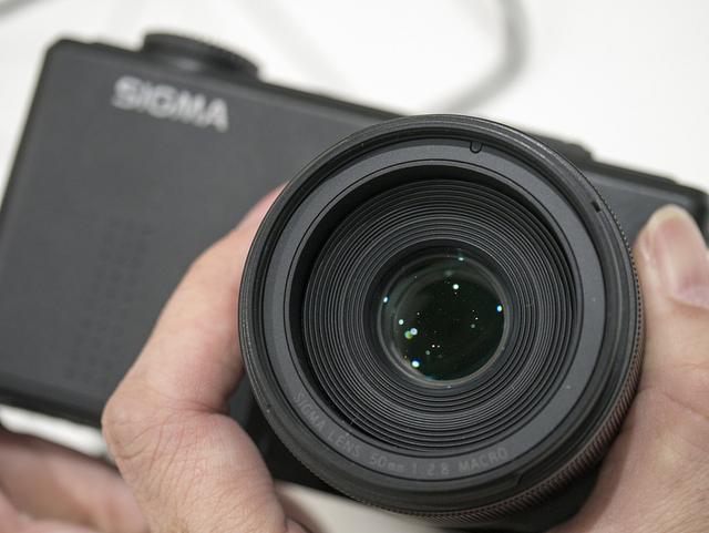CP+2013 SIGMAブースではDP3 merrill、ミラーレス用レンズなどを体験