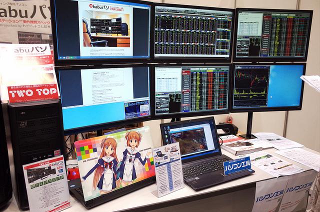 用途特化のマルチ画面パソコン TWOTOPのkabuパソとFaithのゲーミングパソコン