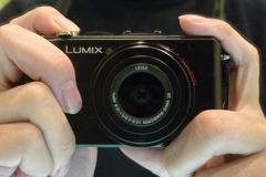 明るい広角レンズでモノや子供を美しく撮影できるデジカメLX3