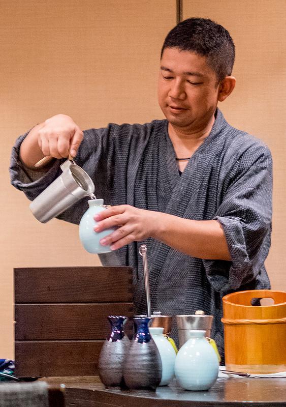 日本酒は温度でその表情が一変する 赤坂江戸桜 燗酒と秋の味覚を楽しむ会