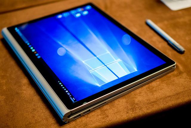 写真・動画編集も余裕かつペン入力も実用的 写真や絵が趣味な人に良い Surface Bookを体験 #Surfaceアンバサダー