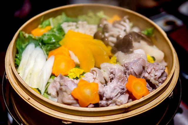 六本木で鶏と鮮魚とお酒を満喫 名古屋コーチン屋 六本木店