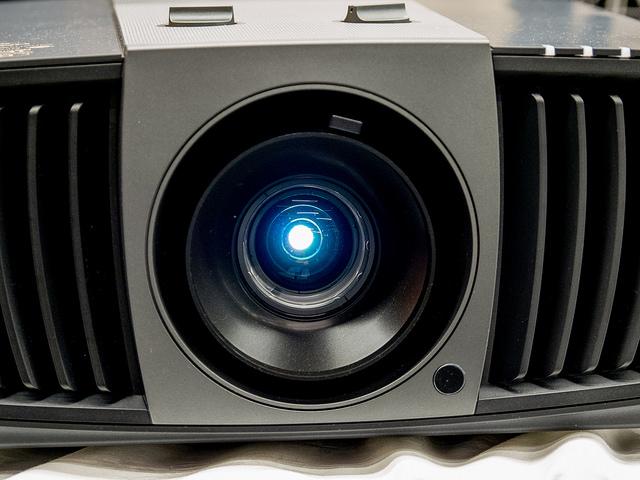 【AD】THX認証4K UHD DLPプロジェクターHT8050と200インチスクリーンでまるで映画館 #BenQアンバサダー