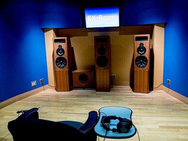 EXOFIELD ヘッドホン再生でも音楽制作者の想いが伝わる 人それぞれの耳に合わせてカスタムメイドする技術