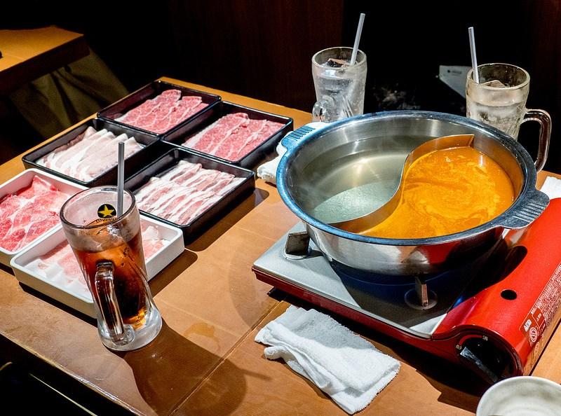 黒毛和牛と香り豚のしゃぶしゃぶ食べ放題 しゃぶしゃぶ かおり 渋谷店
