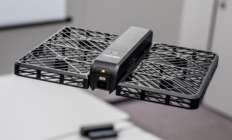 簡単かつ安全に使えるユニークな撮影ドローン HOVER Camera Passport