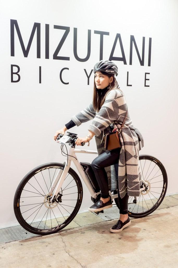 【PR】#サイクルモード でe-Bikeに試乗 自然なアシストで加速や上り坂の楽さに感動 #Eバイクスポーツ #シマノSTEPS