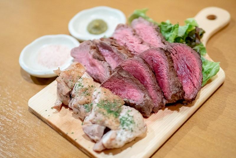 新橋駅近くで気軽に肉飲み 個室と肉バル ミートTAJIMAYA 新橋店
