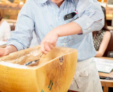 パルミジャーノサラダや生ブラータチーズなど 楽しくリーズナブルに頂ける FRESH CHEESE ITALIAN VANSAN 葛西店