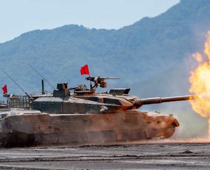 富士総合火力演習2018 予行撮影 E-M1 MarkIIのプロキャプチャーモードが最高 #総火演