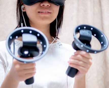 Lenovo Explorer with Motion Controllers で Windows Mixed Reality 体験