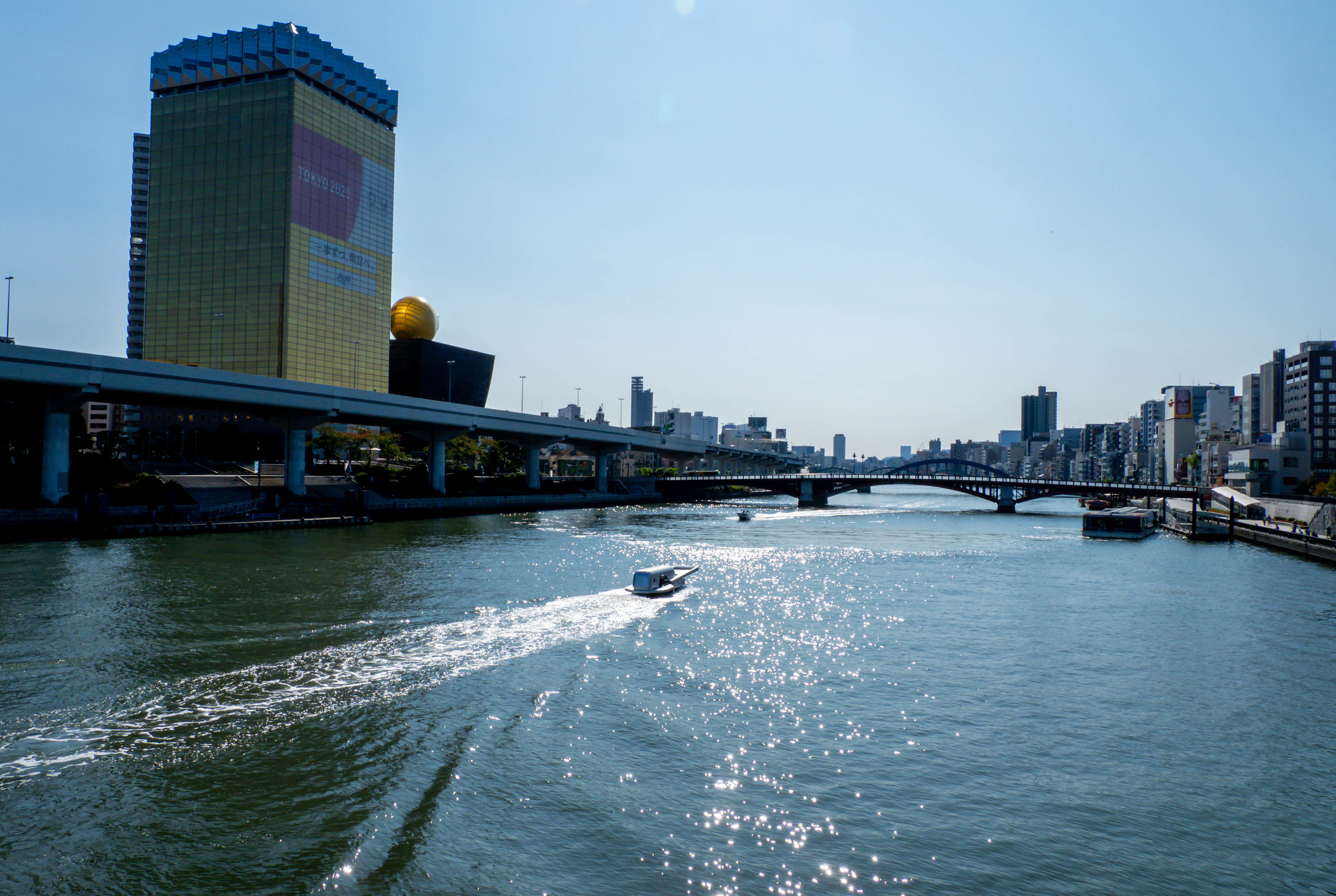 隅田川を開く ファスナーの船