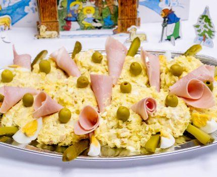 チェコのクリスマスは鯉のフライとポテトサラダ #チェコ親善アンバサダー #クリスマス会