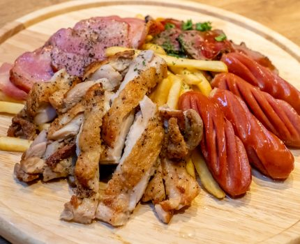 吉祥寺駅前の個室肉バル 京(みやこ)