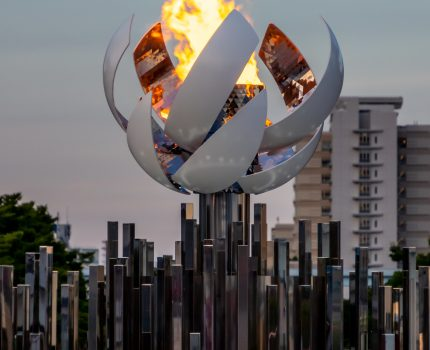 オリンピックな雰囲気を楽しみつつお台場散歩 東京オリンピック聖火台 閉館予定のパレットタウン